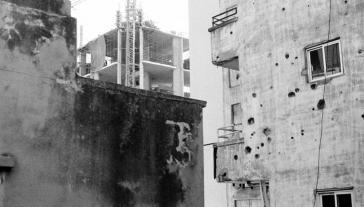 Vue d'un balcon, Beyrouth. Élodie Lavallée-Davis, novembre 2019.